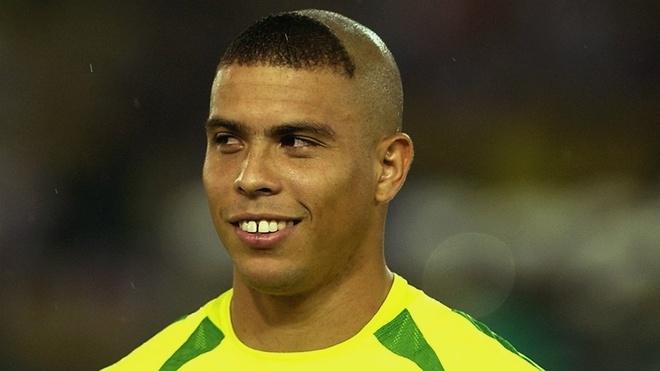 Firmino tung cat toc y het Ronaldo 'beo' hinh anh 1
