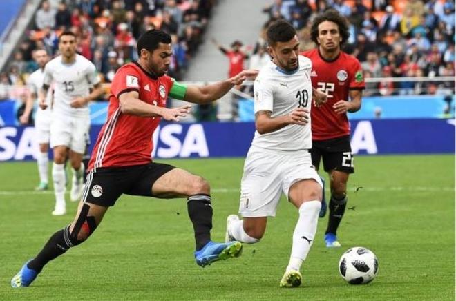 Uruguay thang Ai Cap trong ngay Suarez hoa ga he tren san hinh anh 3