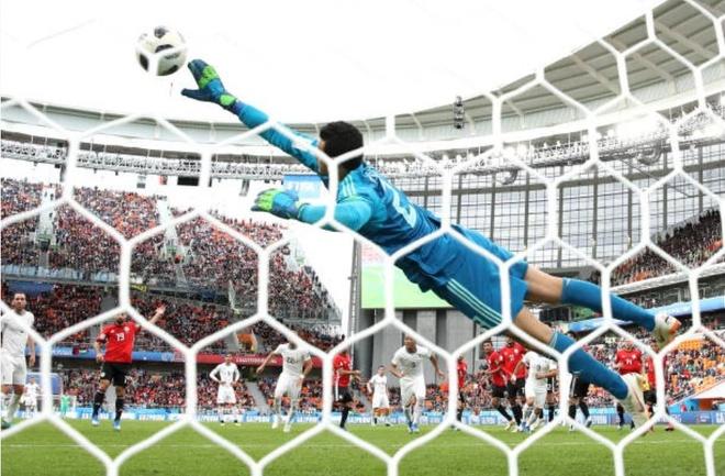 Uruguay thang Ai Cap trong ngay Suarez hoa ga he tren san hinh anh 9