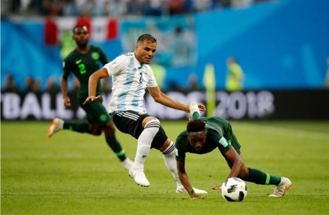 Cham diem Argentina 2-1 Nigeria: Diem 9 cho Lionel Messi hinh anh 6