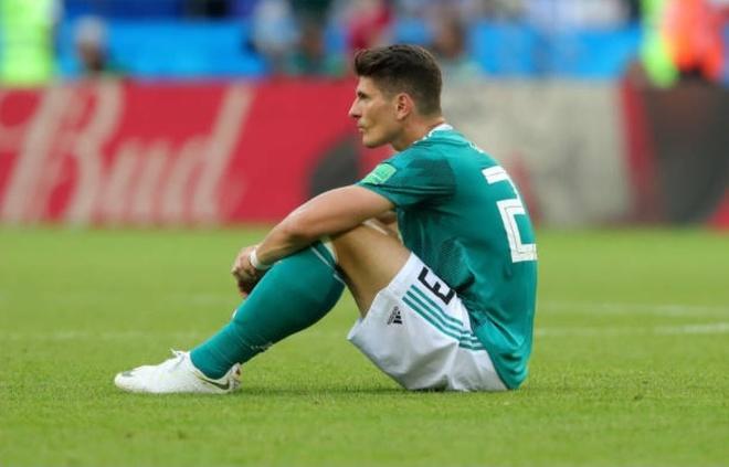 HLV, cau thu va CDV Duc cui dau tam biet World Cup 2018 hinh anh 10