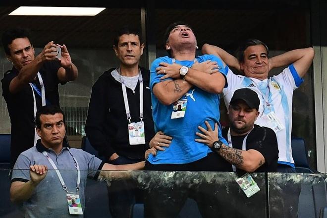 Chi 8.000 bang Anh, Maradona quyet truy tim ke loan tin minh da chet hinh anh 2