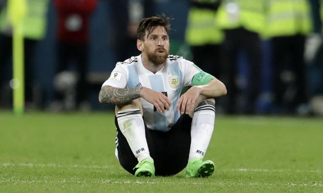 'Messi trong mau ao Argentina qua don doc so voi Barcelona' hinh anh 1