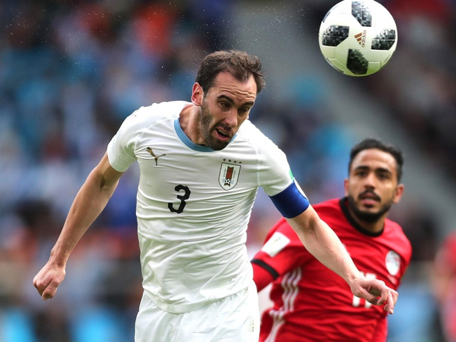 Diego Godin xung danh trung ve hay nhat the gioi hinh anh
