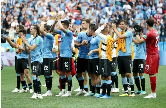 Luis Suarez roi le trong ngay Uruguay chia tay World Cup 2018 anh 9