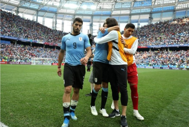 Luis Suarez roi le trong ngay Uruguay chia tay World Cup 2018 anh 5