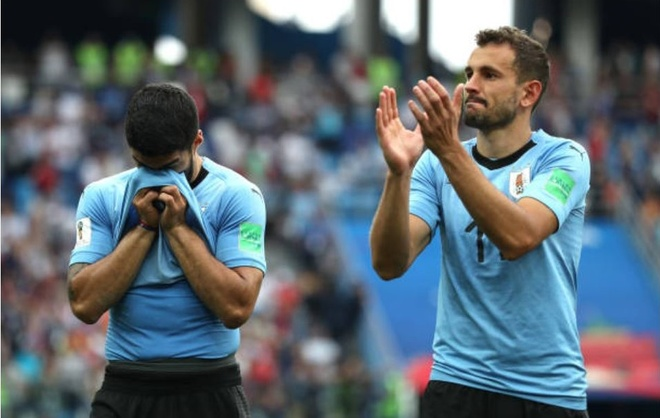 Luis Suarez roi le trong ngay Uruguay chia tay World Cup 2018 anh 2