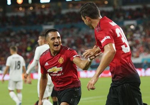 Real vs MU (1-2): Alexis Sanchez ghi ban va kien tao hinh anh