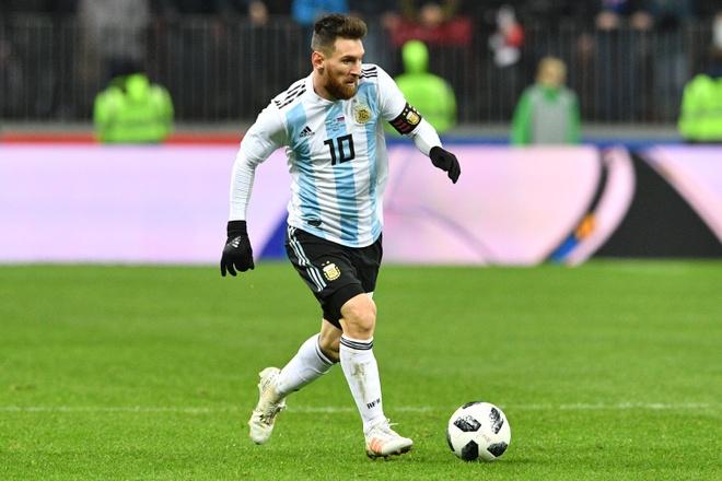 Messi ra 'yeu sach' de tiep tuc cong hien cho Argentina? hinh anh 2