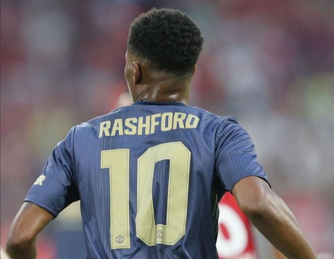 Rashford tiep buoc Van Nistelrooy,  Rooney khoac ao so 10 cua MU? anh 1