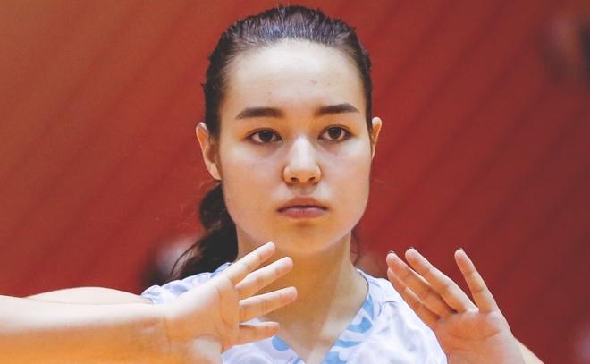 Nhung chan dai xinh dep khoe sac o VTV Cup 2018 hinh anh