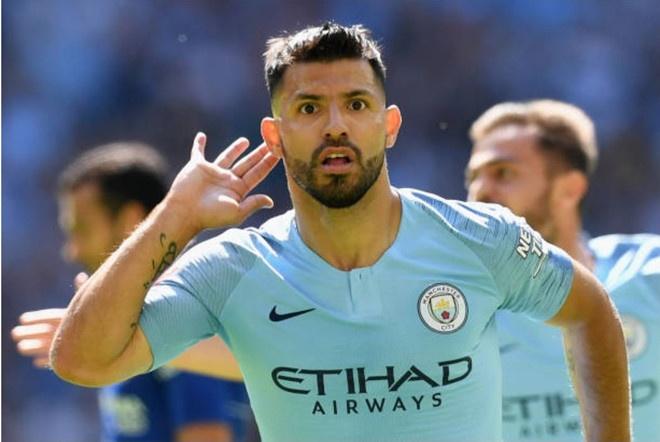 Sergio Aguero dan dau doi hinh hay nhat tran Arsenal vs Man City hinh anh