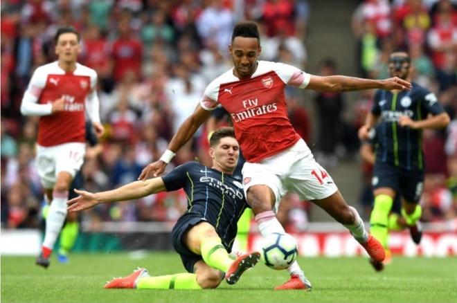 Cham diem Arsenal 0-2 Man City: Oezil, Aubameyang gay that vong hinh anh 11