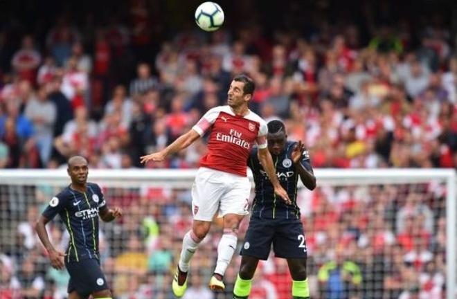 Cham diem Arsenal 0-2 Man City: Oezil, Aubameyang gay that vong hinh anh 9