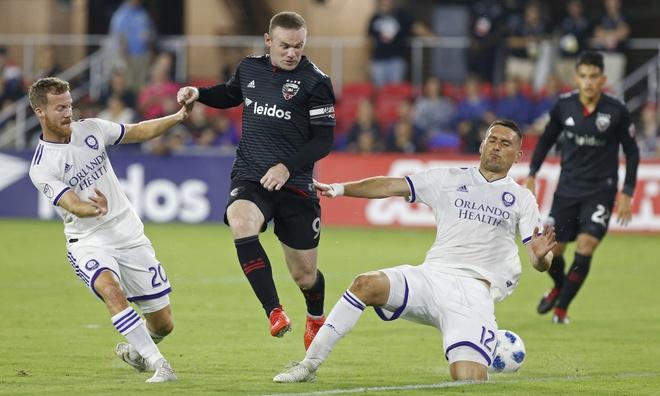 Wayne Rooney dang 'hoi xuan' manh me tren dat My anh 2