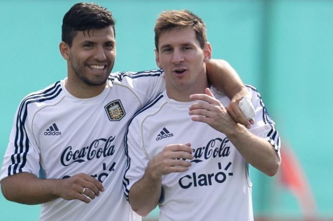 Messi vang mat, Icardi tro lai doi tuyen Argentina hinh anh
