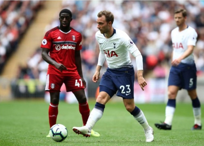 Harry Kane khai nong,  Tottenham de dang de bep Ful anh 8