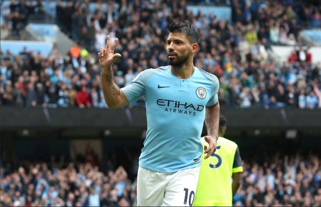 Cham diem Man City 6-1 Huddersfield: Dem thang hoa cua Aguero, Jesus hinh anh 10