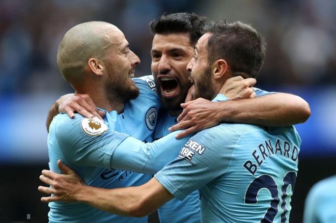 Cham diem Man City 6-1 Huddersfield: Dem thang hoa cua Aguero, Jesus hinh anh
