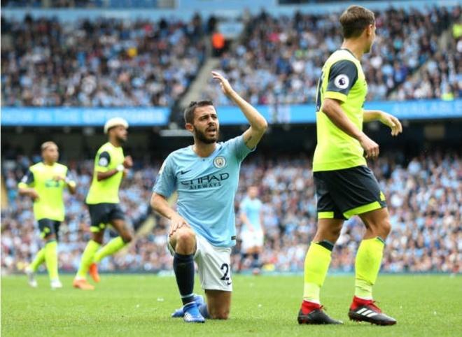 Cham diem Man City 6-1 Huddersfield: Dem thang hoa cua Aguero, Jesus hinh anh 7