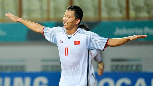 Tuyen thu Thanh Trung: 'Bahrain tien bo, Olympic VN khong duoc tu man' hinh anh