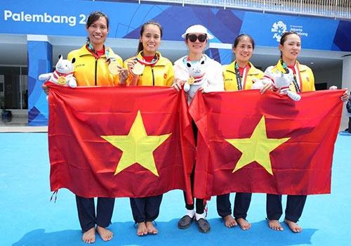 Doi tuyen rowing Viet Nam nhan gan 1 ty tien thuong sau tam HCV hinh anh