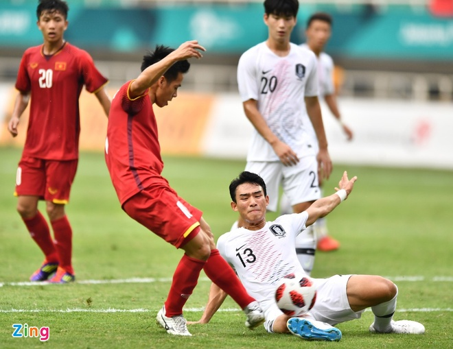 Chuyen gia Doan Minh Xuong: 'Olympic Viet Nam thua tam phuc khau phuc' hinh anh