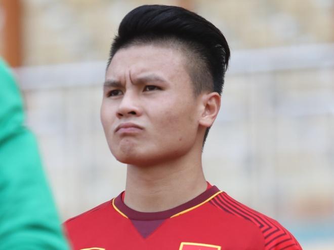 BLV Quang Huy: 'Dung trach Quang Hai, cau ay met roi!' hinh anh