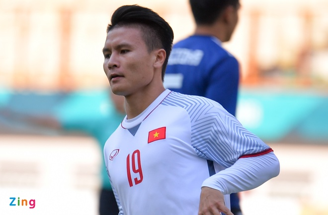 Quang Hai lot top ngoi sao hua hen toa sang o Asian Cup 2019 hinh anh