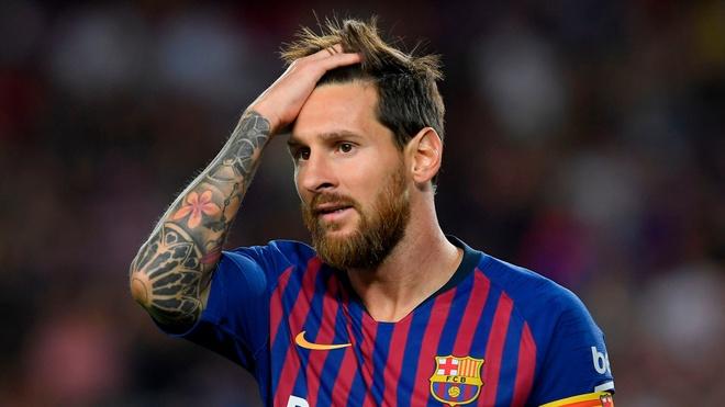 BLV Quang Huy: 'Messi dang bi loai, Ronaldo se thua Modric' hinh anh