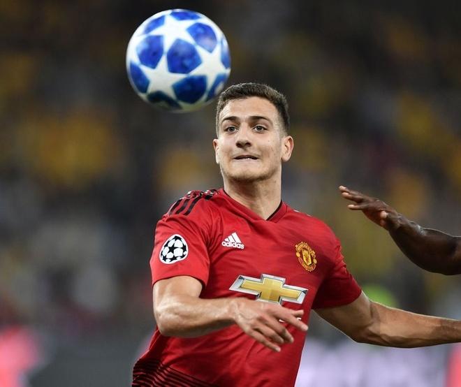 Pogba, Dalot duoc Mourinho ca ngoi sau tran thang cua MU hinh anh