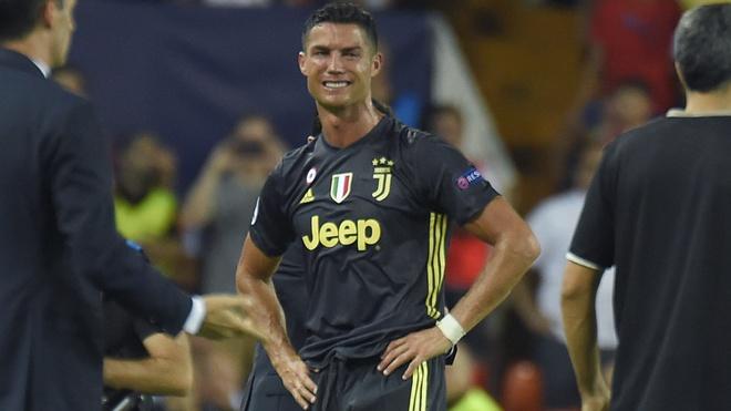 Sau the do cua Ronaldo, Champions League can su dung VAR hinh anh