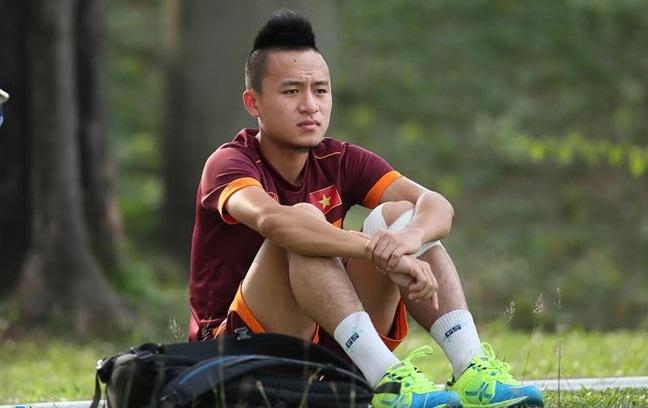 Vo Huy Toan: 'Toi xui qua, chi cho phep mau de du AFF Cup 2018' hinh anh