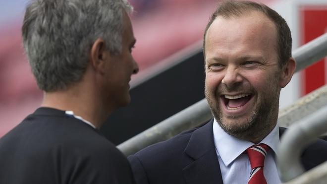 Manchester United - kiem tien gioi, nhung da bong phai hay hinh anh