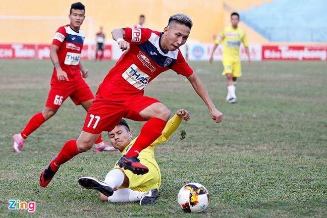 'Nghiem Xuan Tu xung dang du AFF Cup cung DT Viet Nam' hinh anh 1