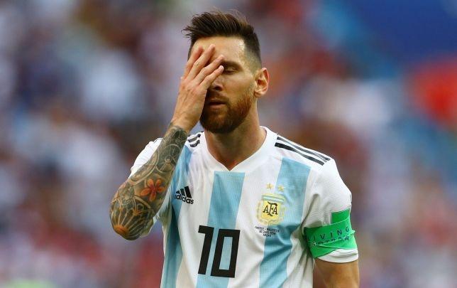 Maradona: 'Messi khong dang lam doi truong Argentina' hinh anh