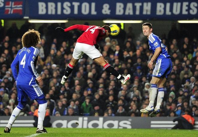 Chelsea thang ap dao MU trong 10 tran gan nhat o Stamford Bridge anh 1
