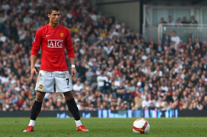 10 khoanh khac dep nhat cua Ronaldo khi khoac ao MU hinh anh 5