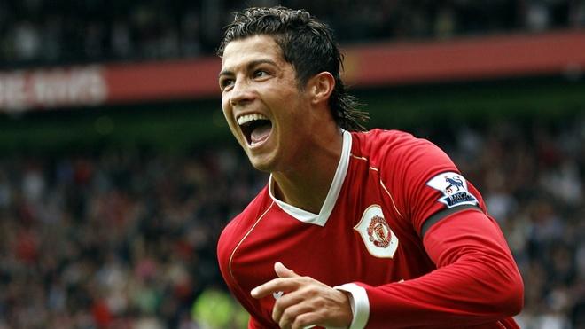 10 khoanh khac dep nhat cua Ronaldo khi khoac ao MU hinh anh