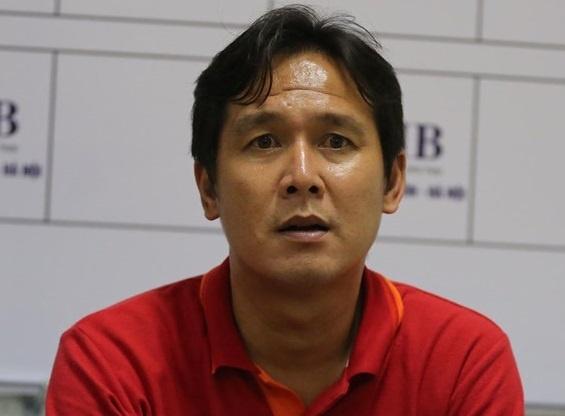Huy Toan soc truoc thong tin HLV Minh Phuong chia tay CLB Da Nang hinh anh