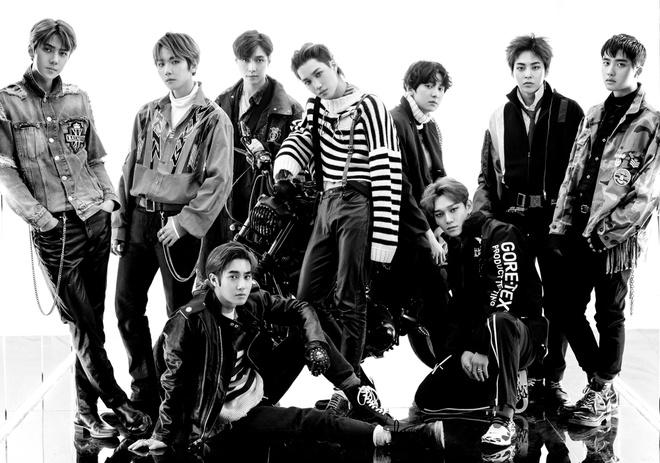 EXO danh bai BTS, khang dinh vi the 'ong hoang album' tai que nha hinh anh