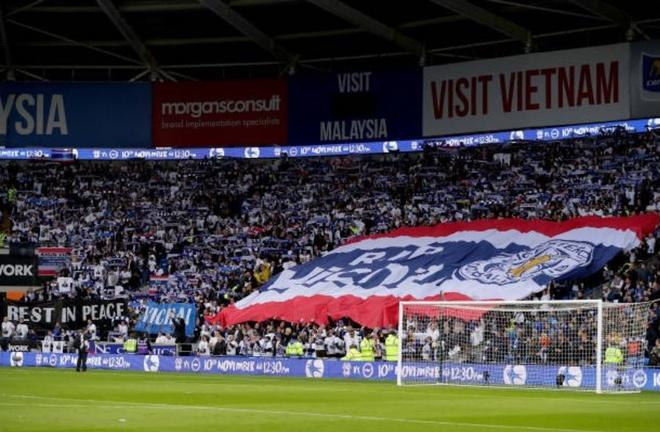 Leicester ha guc Cardiff,  gui chien thang den co Chu tich Vichai anh 2