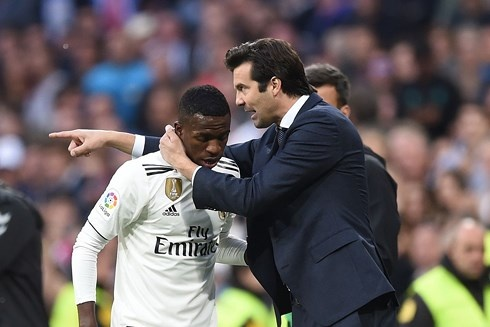 Cau thu Real Madrid muon Solari la HLV chinh thuc hinh anh