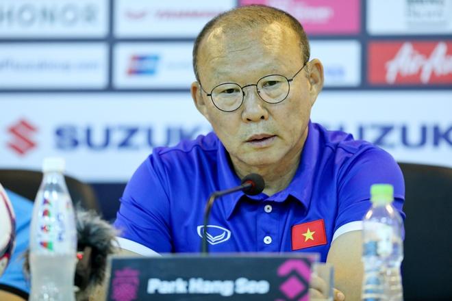 BLV Quang Huy: 'Tuyen Malaysia rat manh, nhung hay tin vao HLV Park' hinh anh