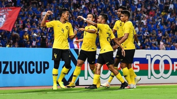 Hoa Thai Lan kich tinh 2-2, Malaysia vao chung ket AFF Cup hinh anh 2
