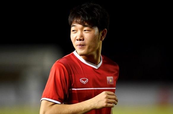 Quoc Vuong: 'Thay Park co y do khi xep Xuan Truong da chinh' hinh anh