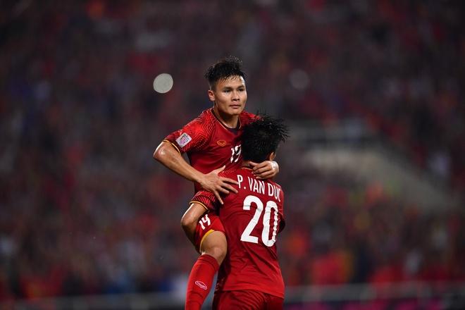 Didier Drogba chuc Viet Nam va Malaysia may man o chung ket AFF Cup hinh anh
