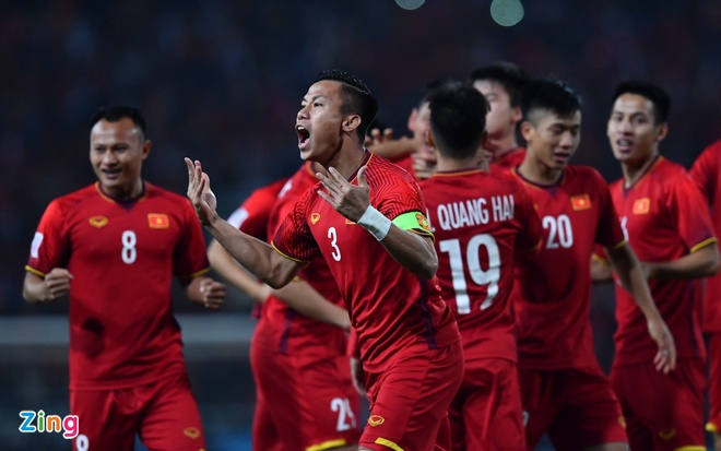 HLV Malaysia: 'Viet Nam thang nho tan dung duoc sai lam cua chung toi' hinh anh 1