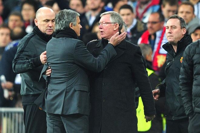 CDV MU muon Sir Alex Ferguson tro lai thay Mourinho hinh anh 2