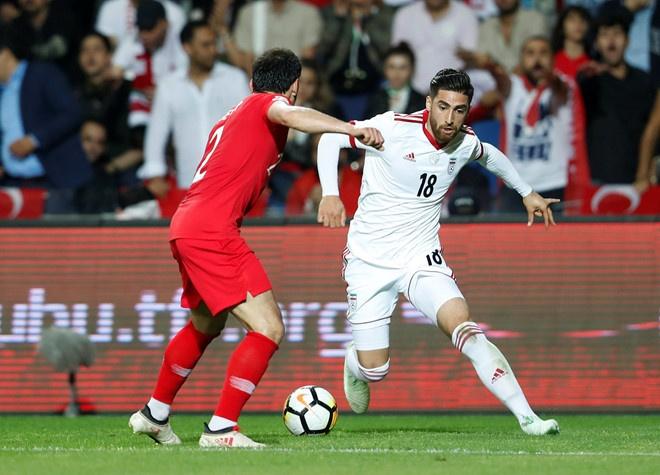 Tuyen Iran mat ngoi sao so 1 trong tran ra quan tai Asian Cup hinh anh 1